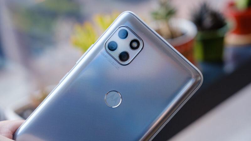 Motorola-One-5G-Ace-camera-module-macro-1200x675