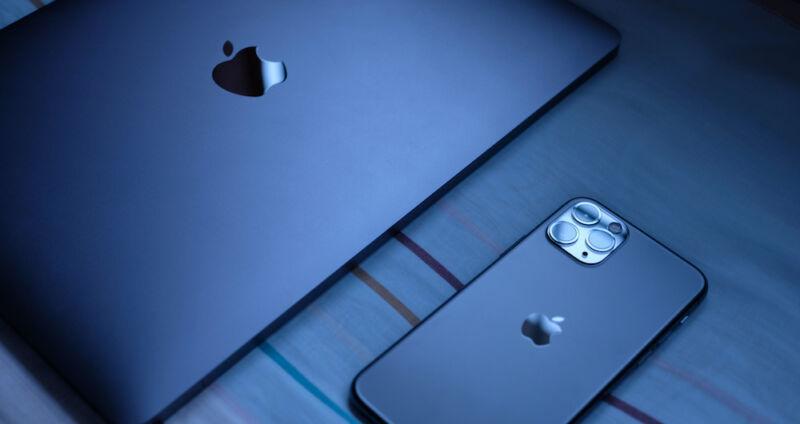 iphone and mac