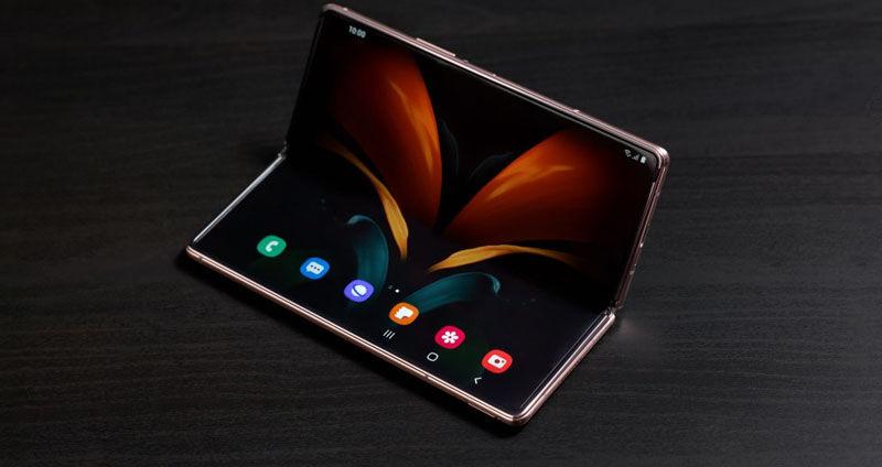 Samsung  folding OLED panels